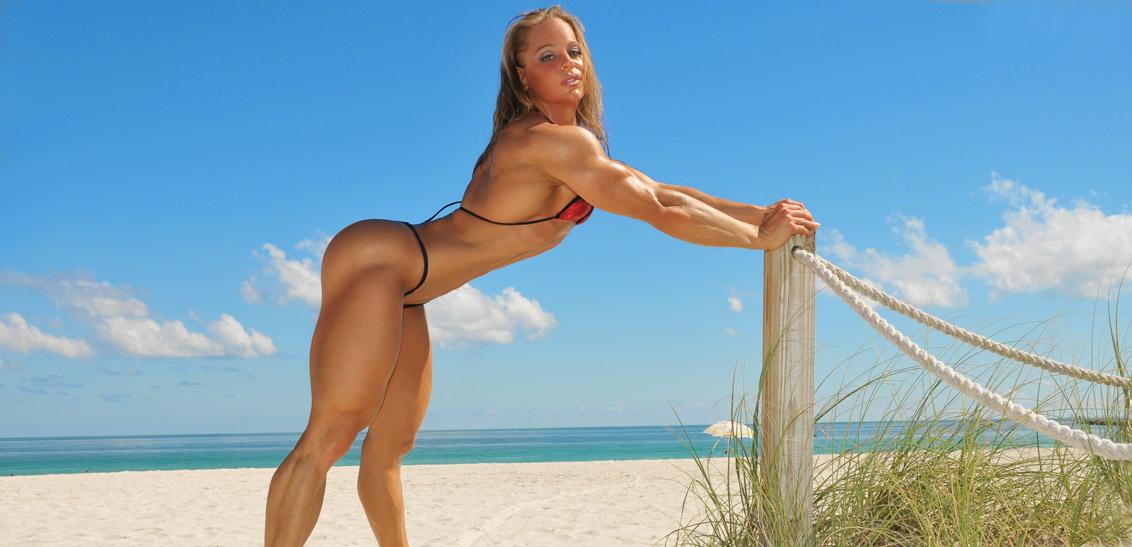 BeachThongPole-Monica-Mowi-mowifit_5210