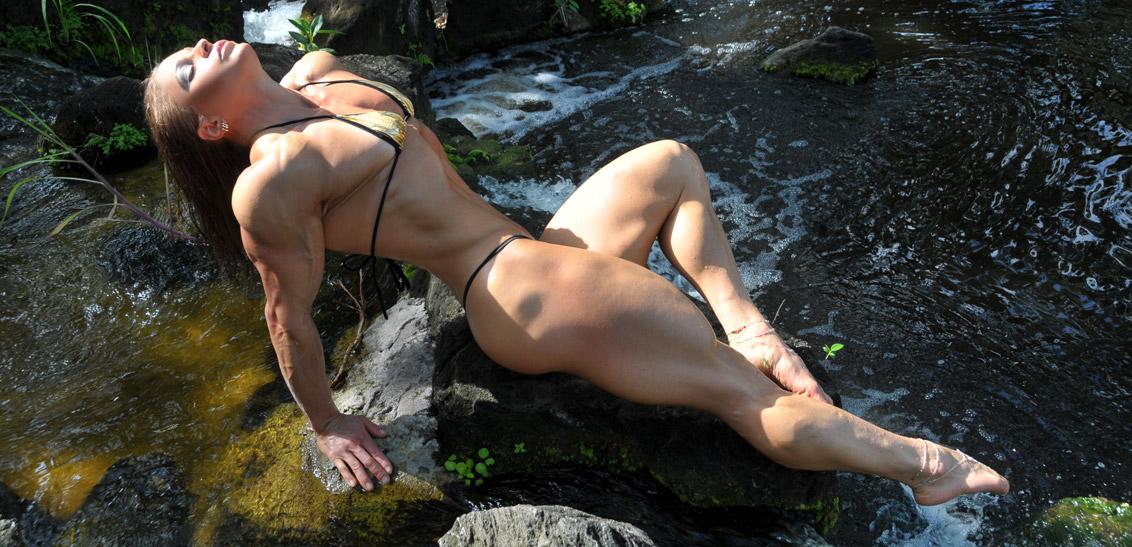 Waterfall-Monica-Mowi-mowifit-IBL_9321
